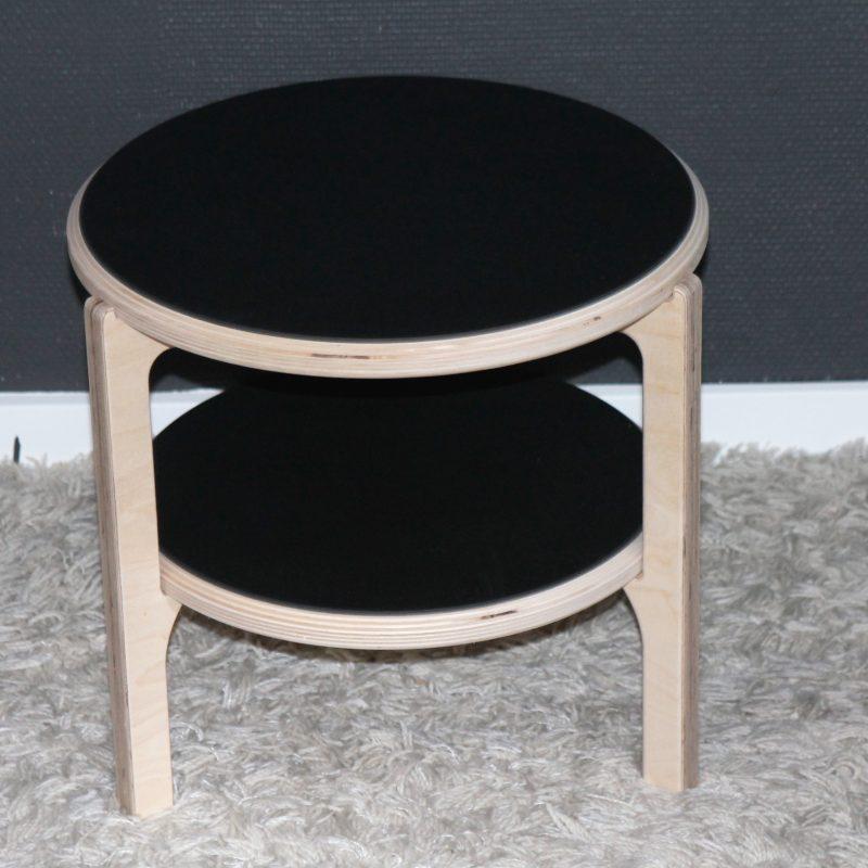 Sofabord med ekstra plade, fungerer perfekt som et ekstra sofabord eller sidebord.